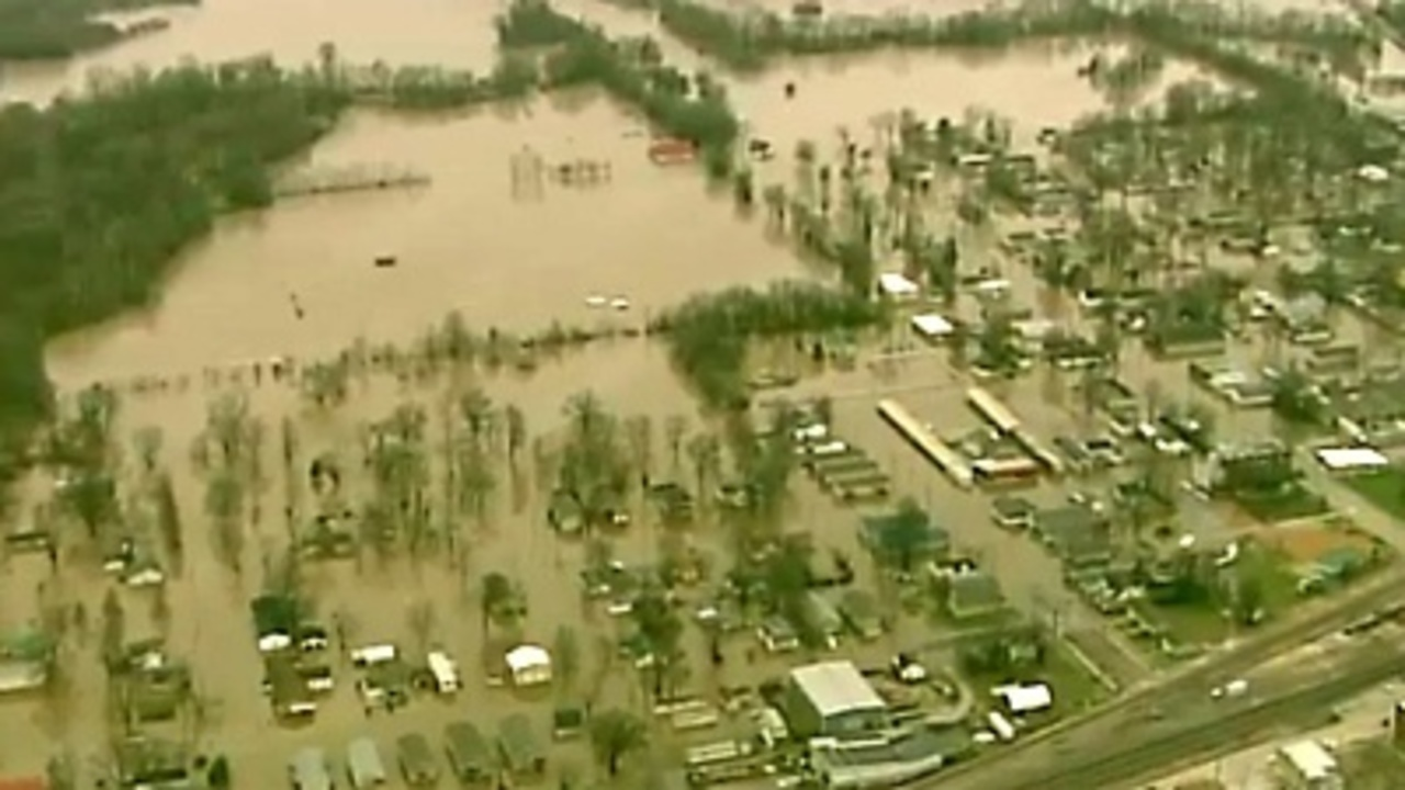 39 It Wears You Out 39 Missourian Says As Flood Rises