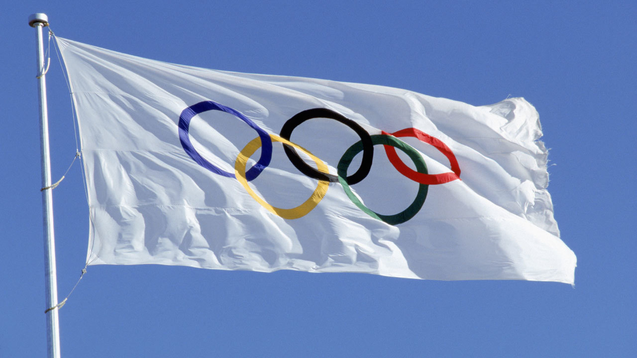 Olympic20rings20on20flag2C20Olympics 7649618 ver10 1280 720