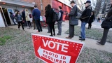 Republicans narrow voter registration gap