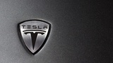 Tesla bold production plan brings out skeptics, shares fall