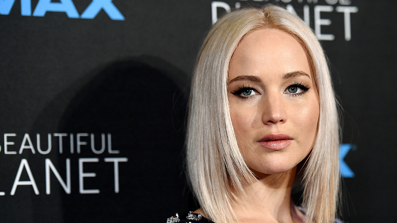 JLaw and gravity: An uneasy alliance
