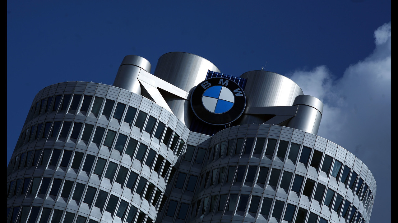BMW committed to new factory in Mexico