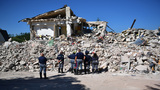 Italy earthquake: A country in mourning begins burying the dead