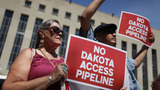 Trump signs executive actions to advance Dakota, Keystone pipelines