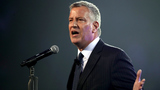 Prosecutors question NYC mayor in federal probe