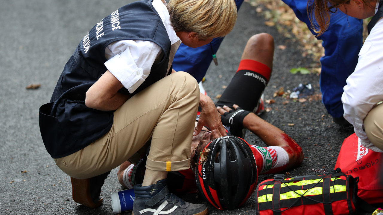 Tour de france under scrutiny after crash on 39 crazy 39 stage for Richie porte tour de france