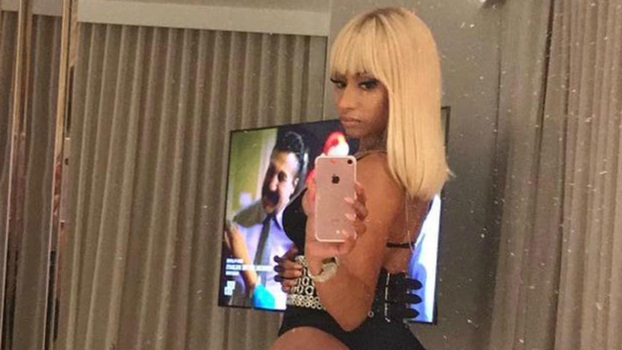 Young Selfie Nikki Minaj  nude (39 foto), Instagram, butt