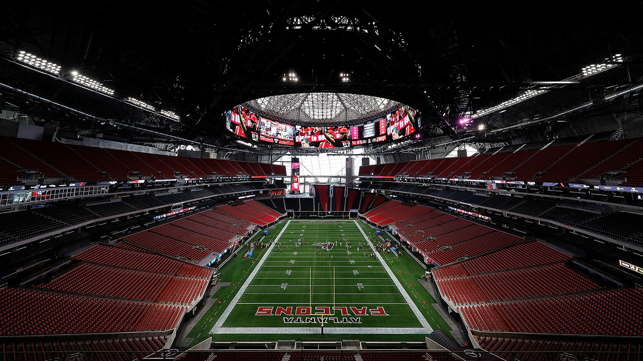 Chick fil a in new atlanta stadium to be open for 1 nfl game for Inside mercedes benz stadium