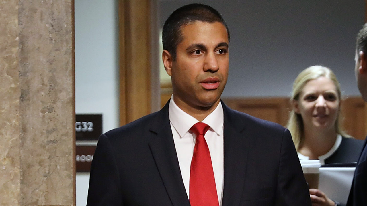 FCC chair gets 'courage under fire' award for overseeing net neutrality repeal